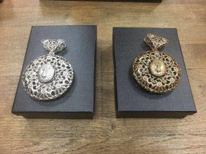 Colgante con la Virgen del Pilar - sin collar- Zaragoza Ole Souvenirs