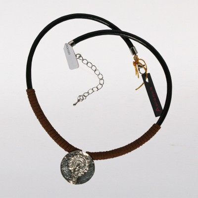 NECKLACE WITH CORD VIRGEN DEL PILAR OF LEATHER AND GOLD MEDAL IN COLOR / SILVER