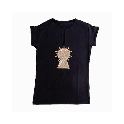Camiseta virgen bordada