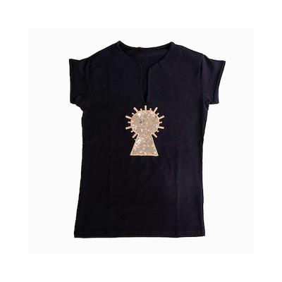 Camiseta virgen bordada